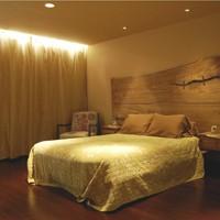 bedscott-master-bedroomtiny